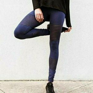 NEW UNWORN DYI Stripe out leggings Navy Blue